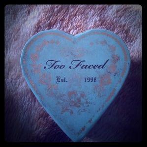 Too faced sweet heart bronzer